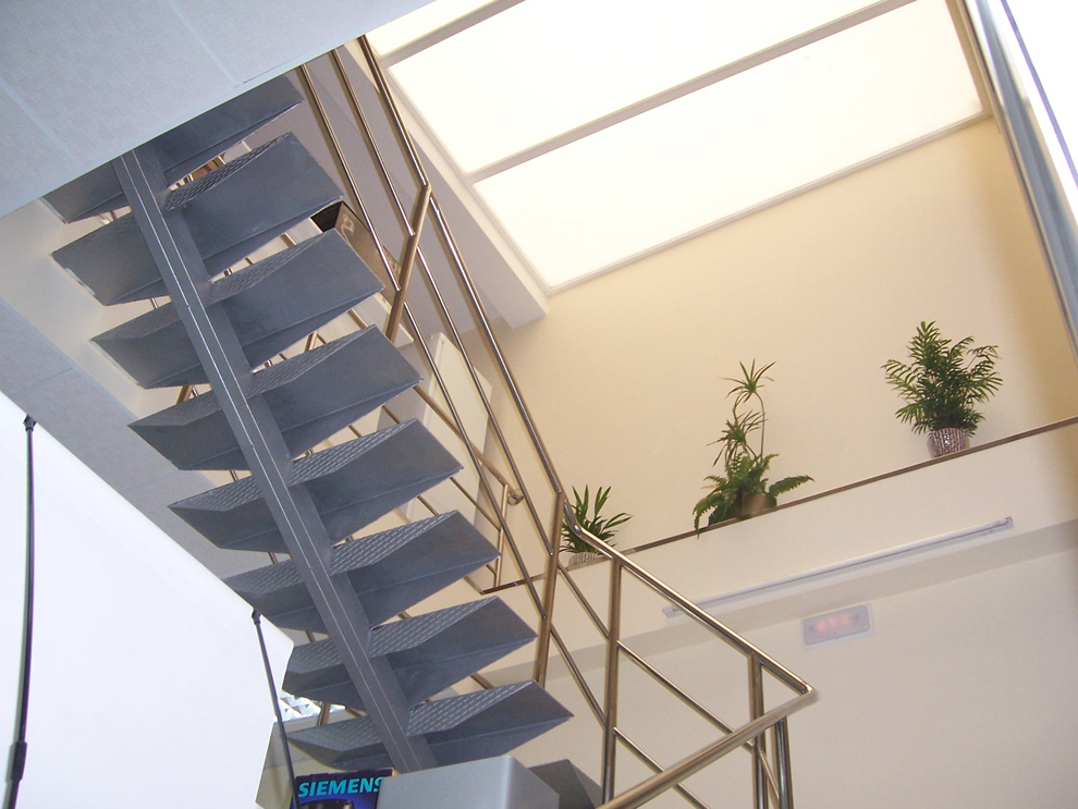 Escaleras barandas cerrajer a chico cerrajer a en - Escaleras para exterior ...