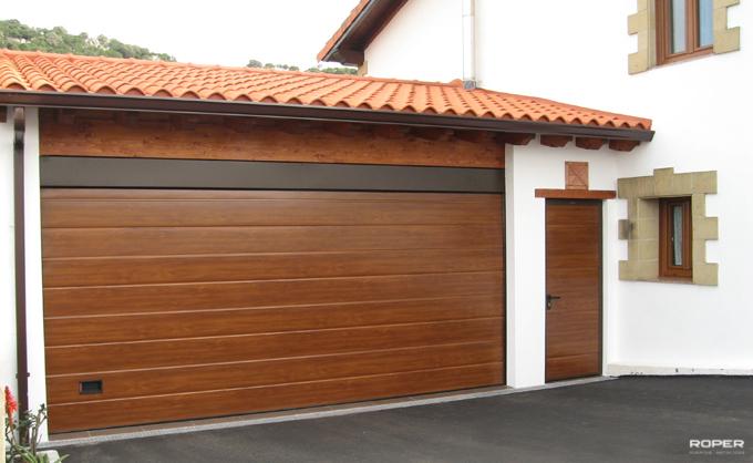Portales autom ticos portales met licos cerrajer a for Garajes automaticos